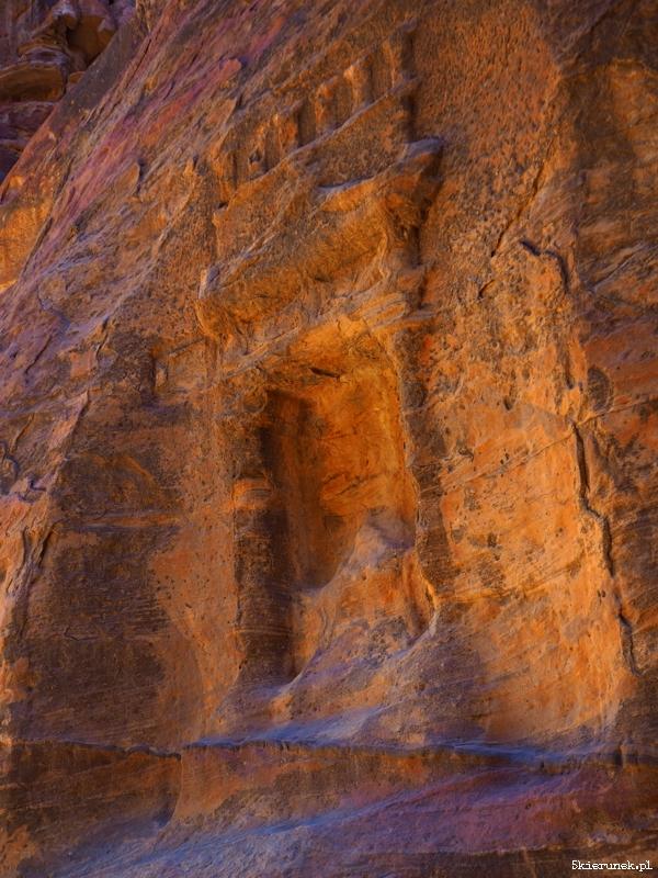 Petra - wąwóz al-Siq - Jordania - Piąty Kierunek04