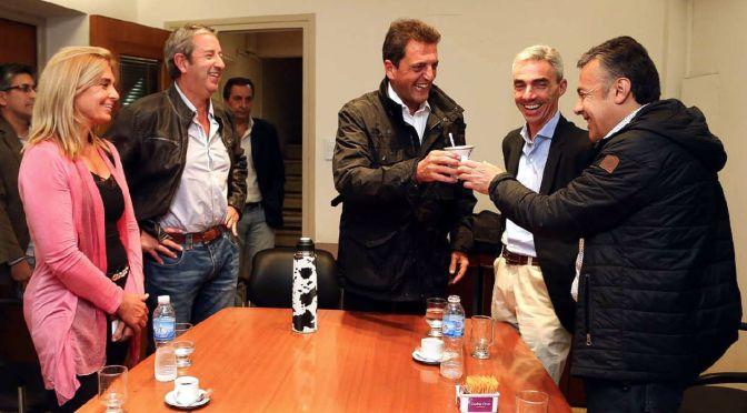 Sergio Massa viajó a Mendoza y apoyó al candidato a la gobernación Alfredo Cornejo.
