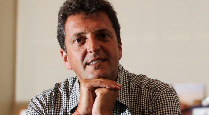 """Sergio Massa: """"A partir del 1 de enero del año que viene, trabajadores y docentes no pagan más Ganancias"""""""