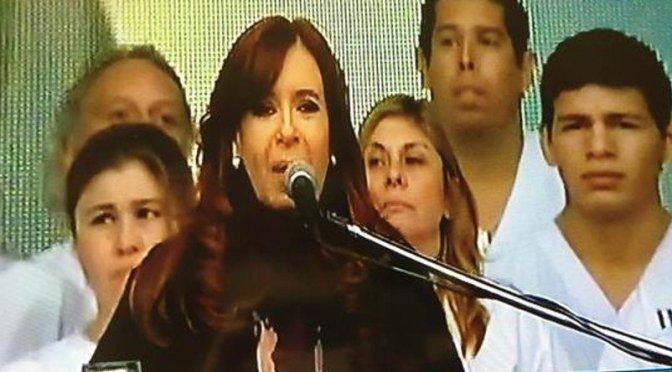 "CFK: ""Uno nunca deja de ser Presidente"""