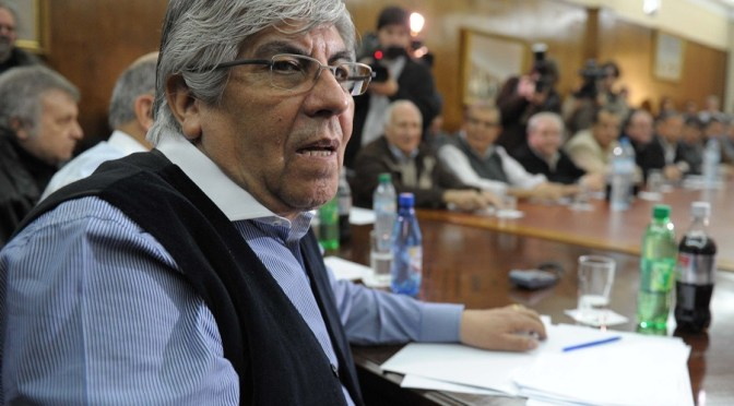 Hugo Moyano cruzó Mauricio Macri