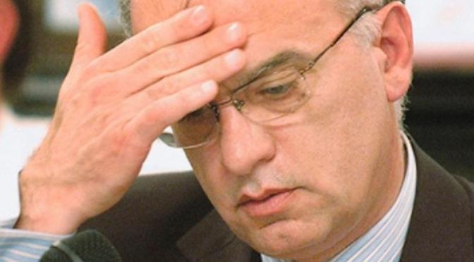 LANÚS: tiros frente al Concejo Deliberante antes de un discurso de Grindetti