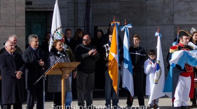 Rosario: protestas y represión en el acto del Día de la Bandera