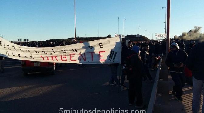 Patagones: ATE y SITRAIC  marchan contra despidos y falta de trabajo