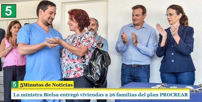La ministra Bielsa entregó viviendas a 26 familias del plan PROCREAR