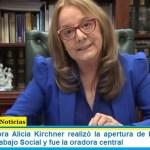 La gobernadora Alicia Kirchner realizó la apertura de la Conferencia Mundial de Trabajo Social y fue la oradora central