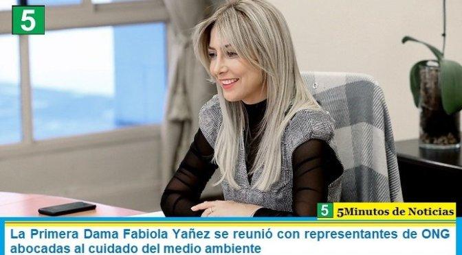 La Primera Dama Fabiola Yañez se reunió con representantes de ONG abocadas al cuidado del medio ambiente