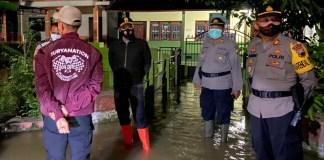 Hujan Deras Setiap Hari, Kantor Balai Desa di Gabus Kebanjiran