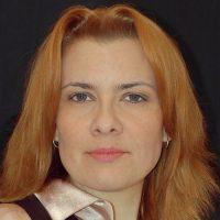 Елена Милова