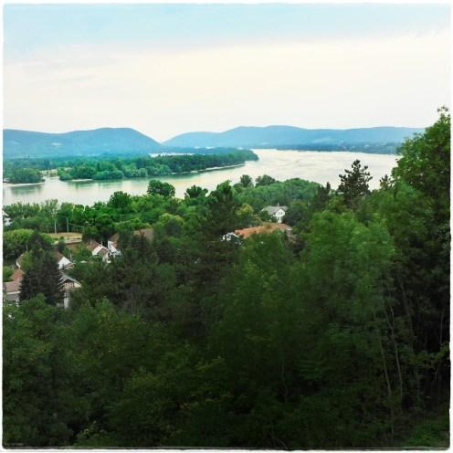 Kilátás a domboldalból