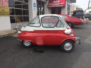 5 SERIES: 1956 BMW Isetta