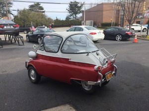 5 SERIES: 1956 BMW Isetta
