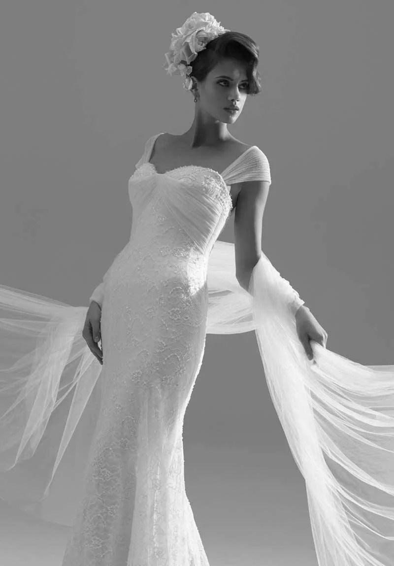 Sassi Holford Wins British Bridal Designer Of The Year 1