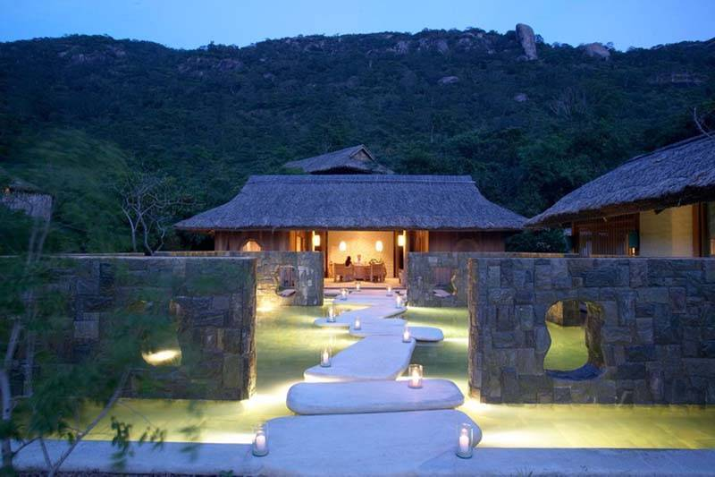 Luxury Honeymoons Far East