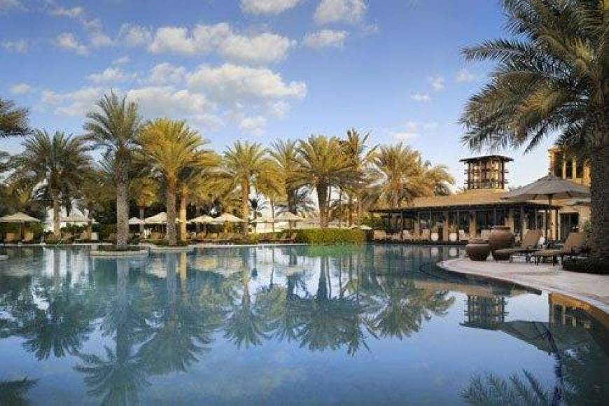 The Arabian Court Pool One & Only Royal Mirage