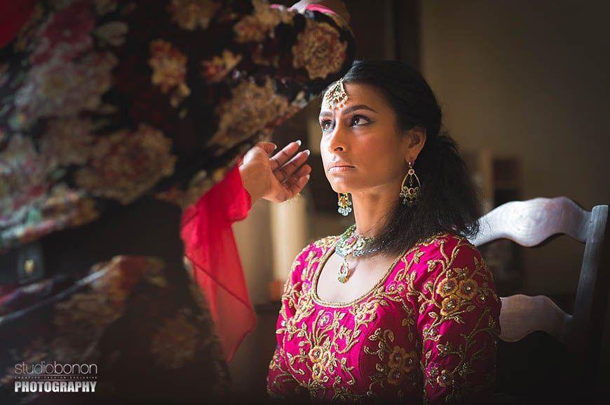 004-getting-ready-bride-saree