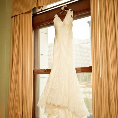 A Winter Wedding In Washington With A Hawaiian Twist
