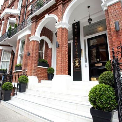 A Luxury London Apartment, Ideal For The Luxury Hen Or Stag