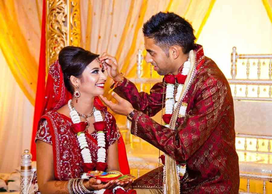 Real Wedding: Vivid and Vibrant at The Grand, Brighton