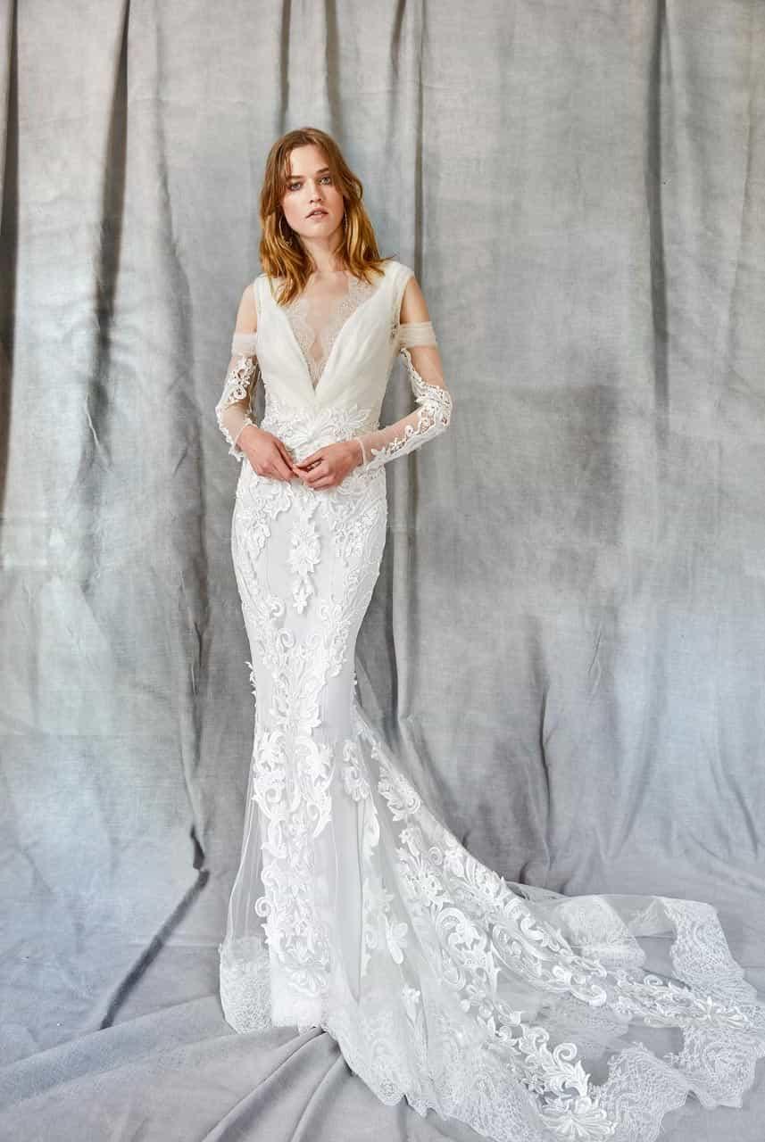 Wedding dress collection: Yolancris – Identity