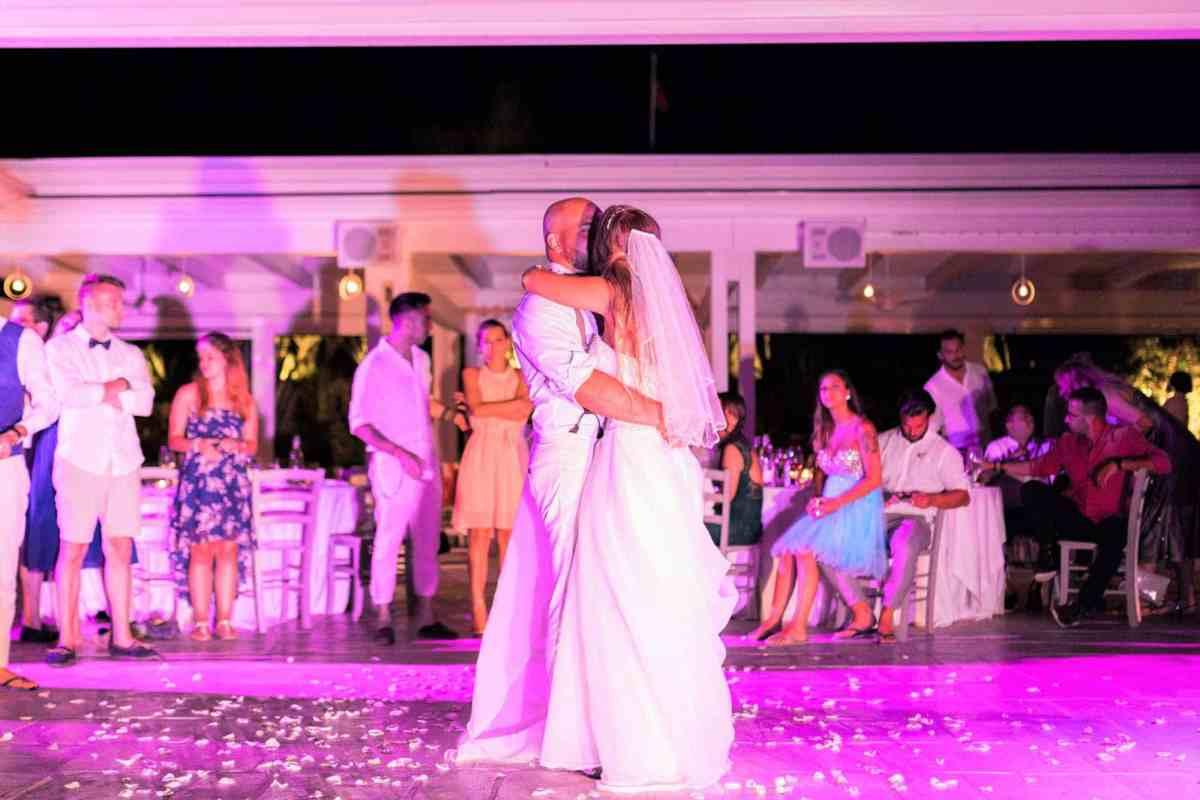 Romantic Real Wedding In Apulian Beach Wedding