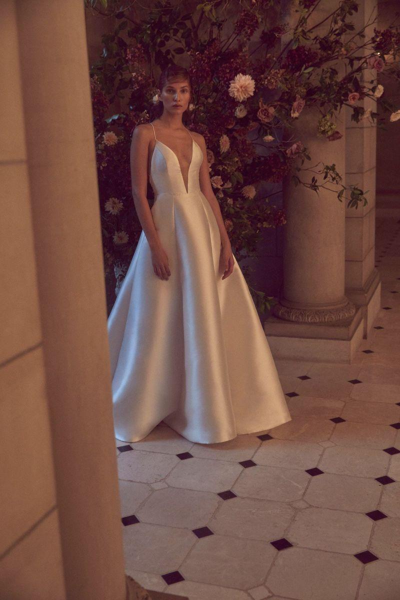 Wedding dress collection: Bliss Monique Lhuillier – Fall 2019