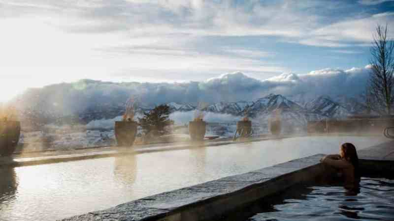 Top five hot tub honeymoon destinations