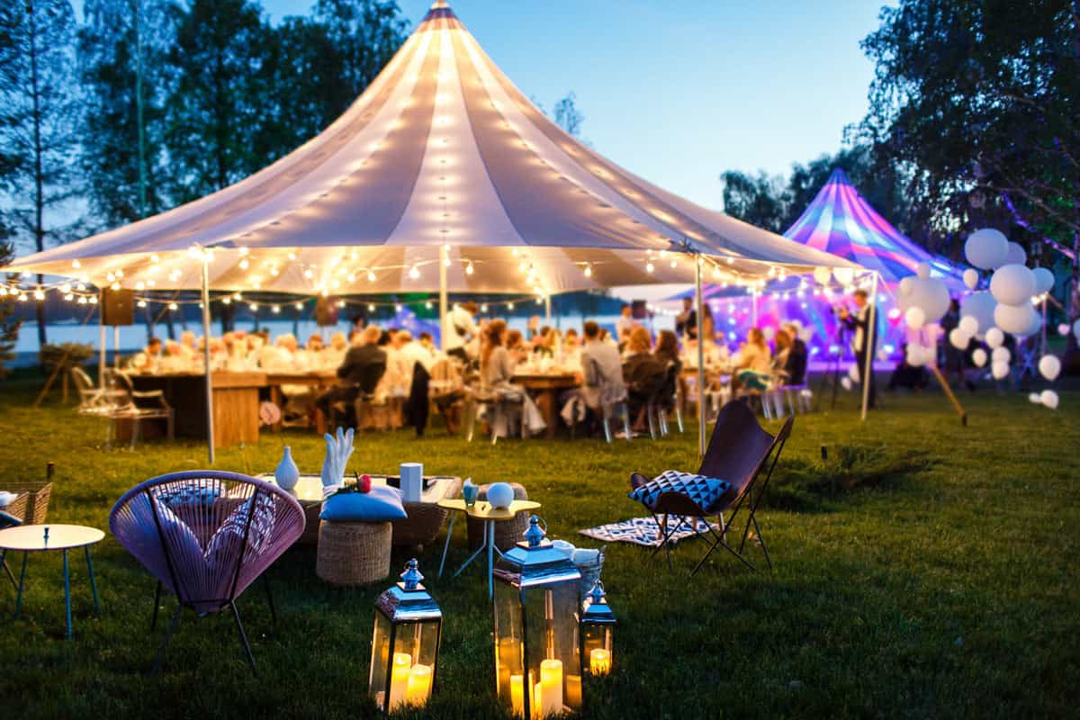 Are weekend weddings the future?