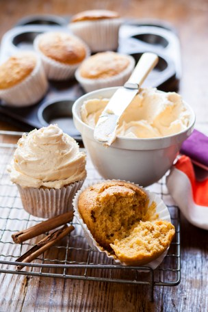 sweet potato and cinnamon muffins with buttercream