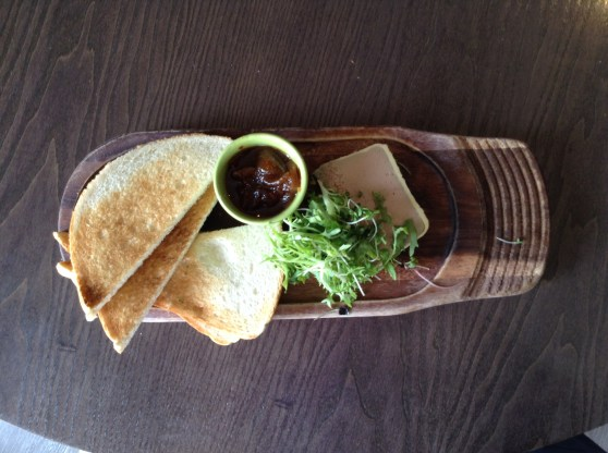 Smooth Chicken Liver Parfait, Chutney, Toast
