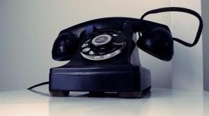"""Telefon Fotograf: tylerdurden1, CC BY Cope & Paste Code für Bildnachweis: Bildnachweis: """"the telephone"""" von tylerdurden1, CC BY - 5VIER"""