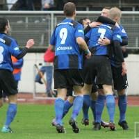 20101106 Eintracht Trier - FC Homburg, Regionalliga West, Jubel nach Saccones Tor, Foto: Anna Lena Bauer - 5VIER