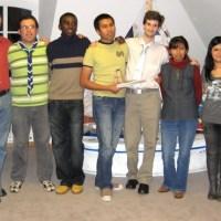 Gruppenfoto mit den Organisatoren von SoFiA, BDKJ und den ausreisenden Teilnehmern, Foto: Bischöfliche Pressestelle Trier - 5VIER