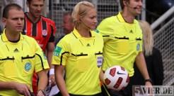 20110730 Eintracht Trier - St. Pauli, DFB Pokal, Schiri Bibiana Steinhaus, Foto: Anna Lena Bauer - 5VIER