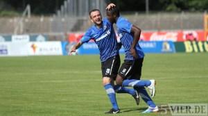 20110924 Eintracht Trier - Elversberg, Jubel FAZ Karikari, Regionalliga West, Foto: Anna Lena Grasmueck - 5VIER