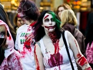 zombiewalk2 - 5VIER
