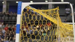 20120325 Damendhandball-Länderspiel, Handball, Füllbild, Miezen, Arena Trier, Foto: Anna Lena Grasmueck, 5vier.de - 5VIER