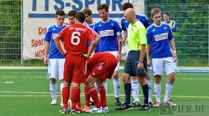 Der FSV Tarforst und der SV Mehring haben auch ihre Auftritte bei der Einweihung des neuen Tarforster Rasenplatzes. Foto: 5vier.de