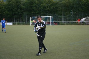 Torwart Kauhausen vom SV Mehring