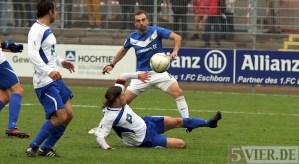 20121117 Eschborn - Eintracht Trier, Tor von FAZ, Foto: www.5vier.de - 5VIER