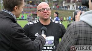 """""""Ich sehe uns gut gerüstet für die Rheinlandliga."""" Wittlich-Coach Frank Meeth, hier bei der Meisterfeier Ende April. Foto: 5vier.de"""