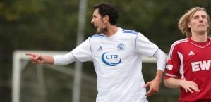 Morgen klärt sich, ob Dino Toppmöller auch noch nach der Winterpause Trainer des SV Mehring ist (Foto: Sebastian Schwarz) - 5VIER