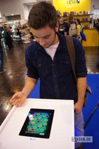 Dice+ - ein Hightechwürfel für Tablet-Spiele. Foto: Stephan Nestel
