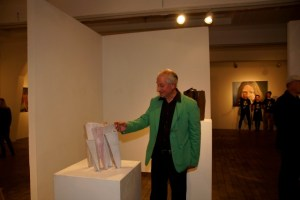 Ulrich Lebenstedt mit seinen Werken