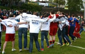 Jubel nach dem Spiel: Die SG Kylltal