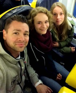 Ryanair Hochformat