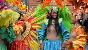 20151111_5vier.de_start_in_den_trierer_karneval_ramba_samba_porta_nigra_11_november_2015 - 5VIER