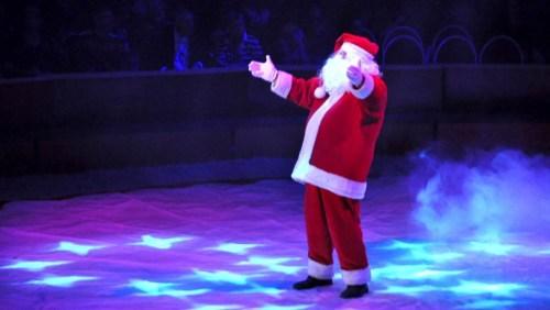 Weihnachtsmann zirkus (2)