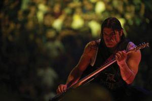 Lebt den Groove: Metallica-Bassist Robert Trujillo (Foto: Universal Music)
