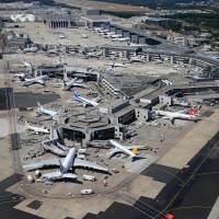 Flugzeug-Labyrinth Frankfurt Airport (Foto: Fraport) - 5VIER